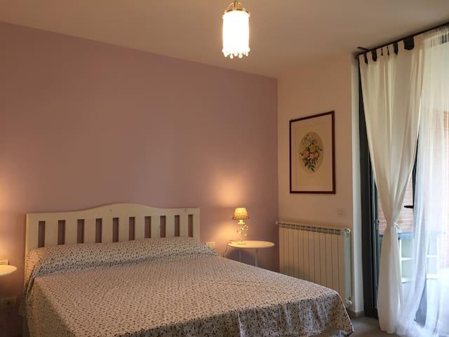 Camera Lilla Roma - Roma - Bed & Breakfast