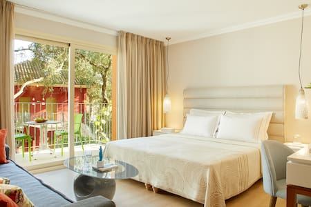 Deluxe Room by Parga Beach Resort