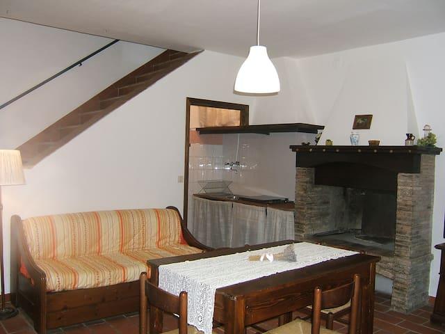Casa in Umbria in borgo medioevale - Narni - Dům