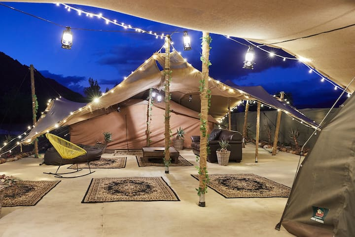 Glamping Villa - Sleeps up to 8 people