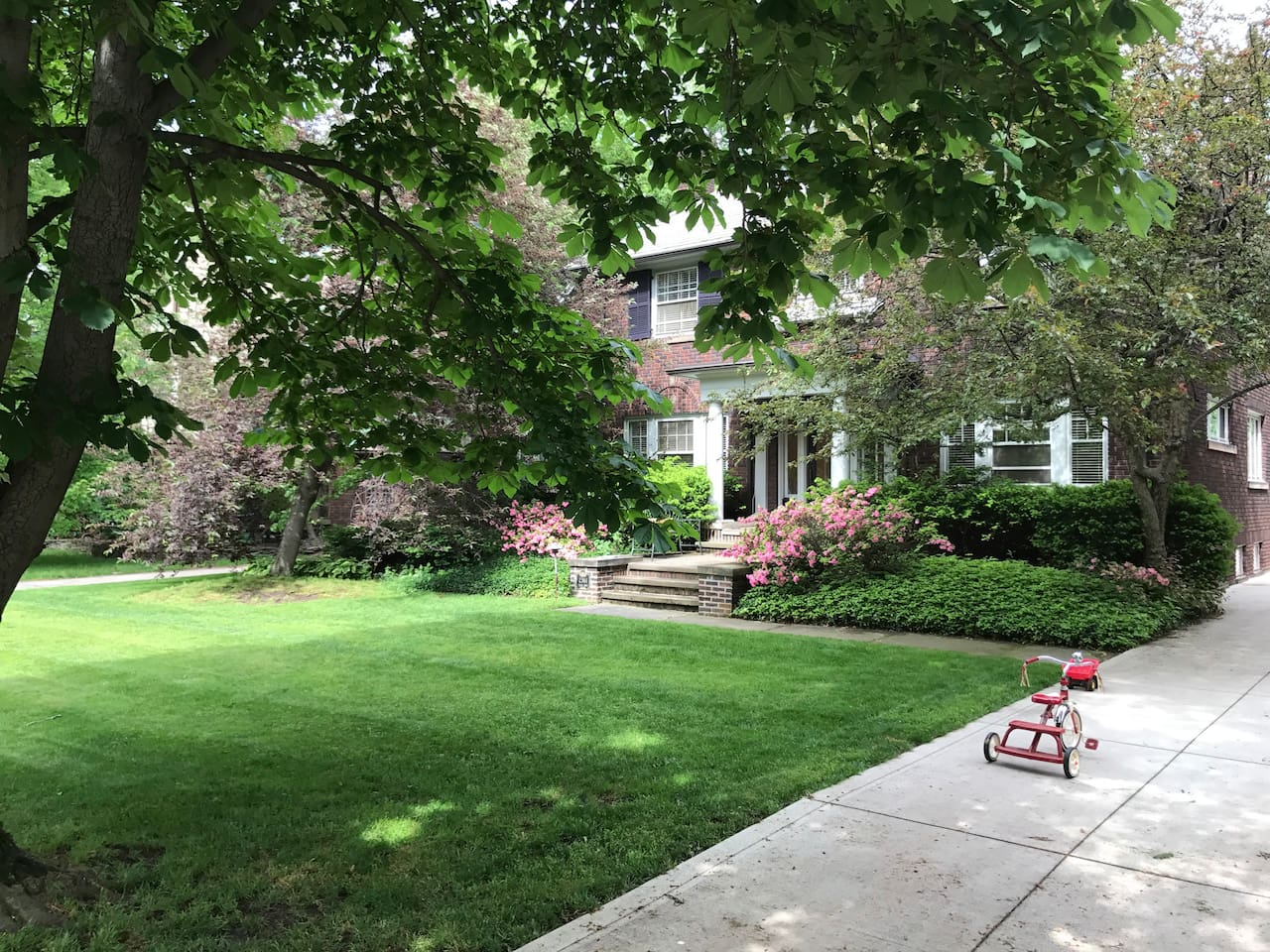 Historic, safe neighborhood close to many of Cleveland's finest attractions