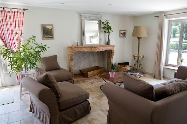 Le Petit Hâ - Bouilland - House