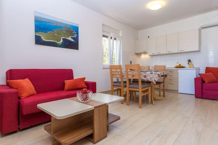 Beautiful Apartment Medini with Sea View 4