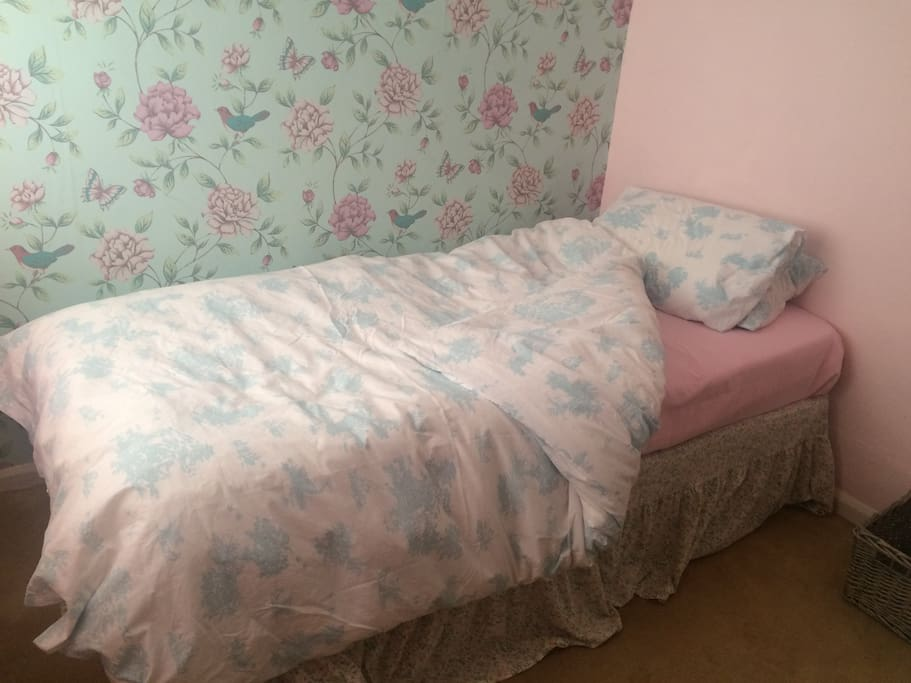 Single room available.