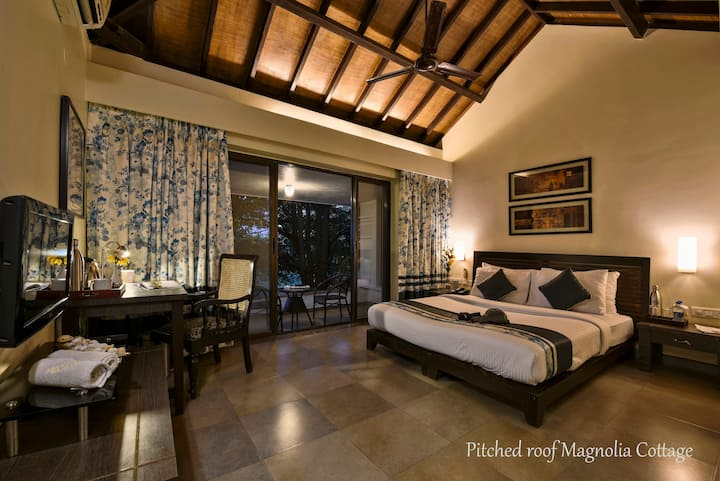 ★ Luxury Magnolia Cottage In Dapoli ★