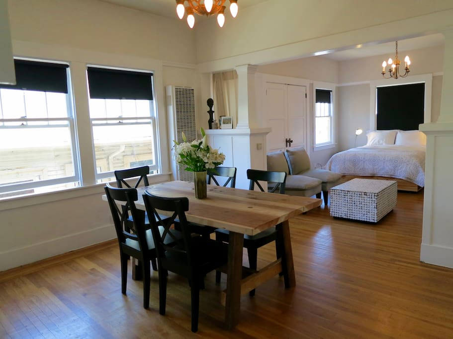 Bright artistic temescal apartment apartments for rent - 2 bedroom apartments for rent in oakland ca ...