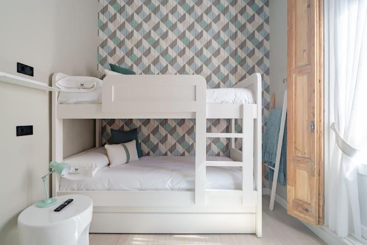 Bilik tidur 1