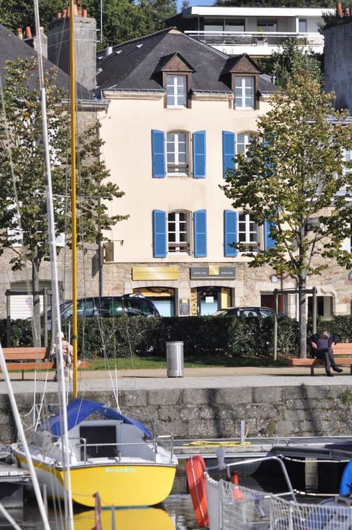 Studio patrimonial  rive gauche du port de Vannes