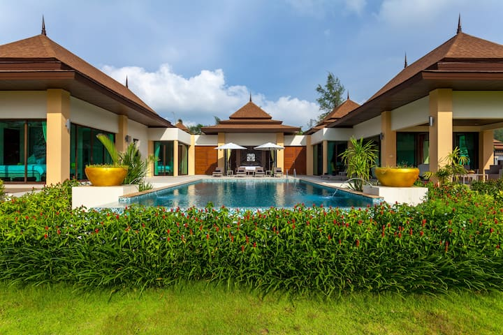 Beach front LUXURY POOL VILLA A4 - Takua Pa - Vila