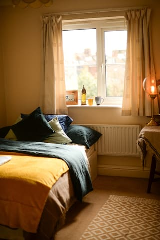 Artistic and cozy room in the centre of Oxford!
