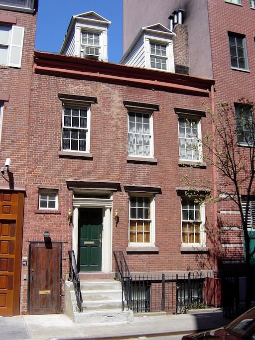 West village townhouse in manhattan apartments for rent for Townhouse for rent nyc