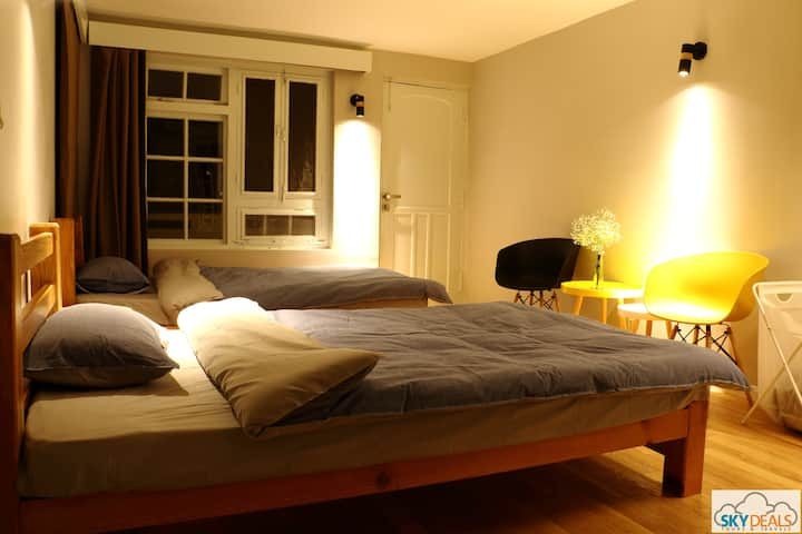 Twin-bed Room|SD Guest House【Private Bathroom】