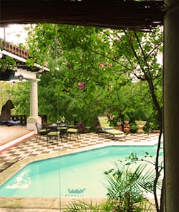 Villa Oaxaca, Suite Café - Bed & Breakfast