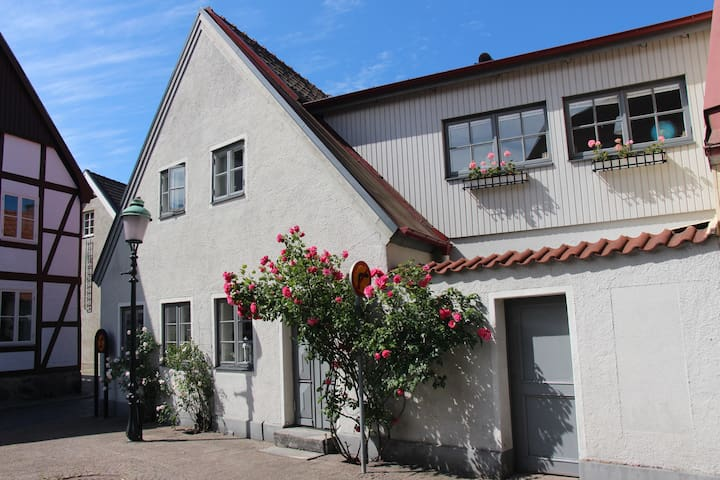 Townhouse in old part of Ystad - central location