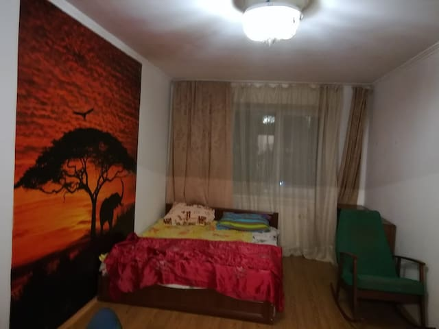 Fully furnished cozy 2-bed room apartment