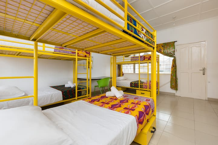 Agoo Hostel bed in 6-bed male dorm - Larabanga