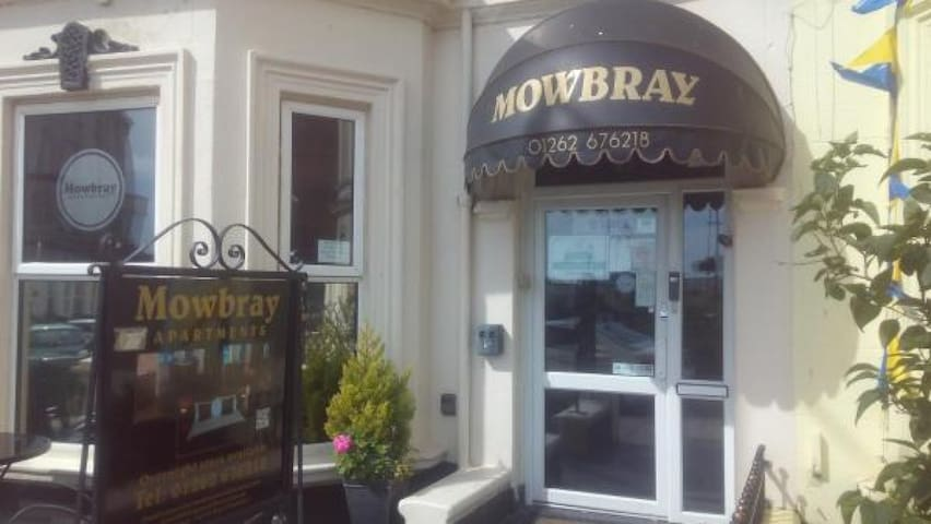 Mowbray Apartments   - Sea View One-bedroom Apartment (2 Adults + 1 Child)