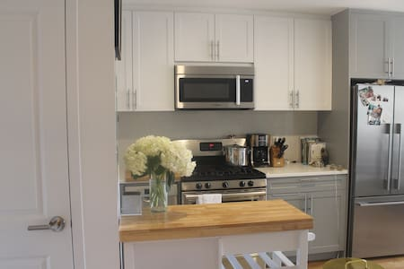 2 bedroom with patio in clinton hill - 布鲁克林 - 公寓