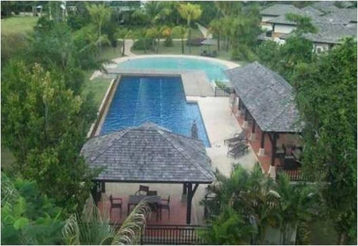 ANDAMAN SEA GF POOLSIDE CONDO VILLA - Thalang - Apartamento