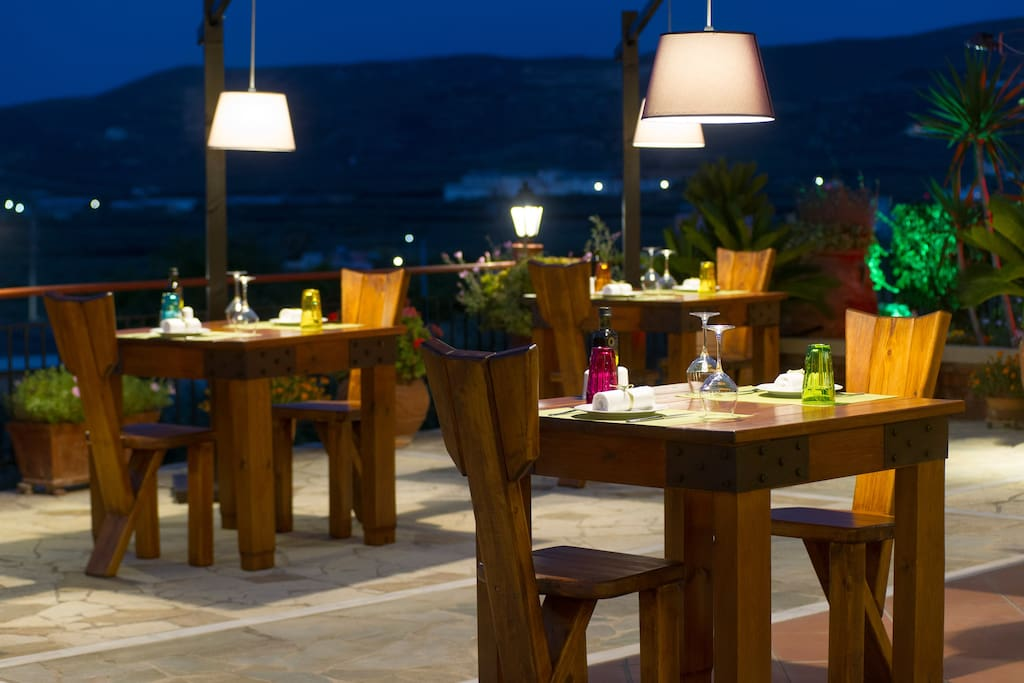 Mama's Dinner -         Kaliviani Fine dining Cretan restaurant, Greece