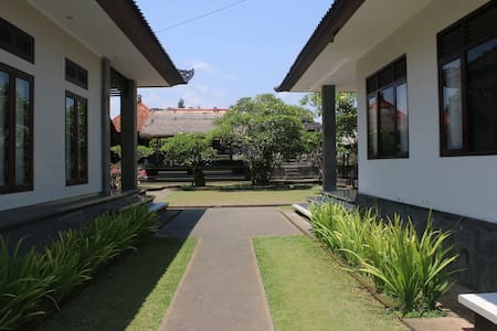 Vinaya Home Stay - Gianyar