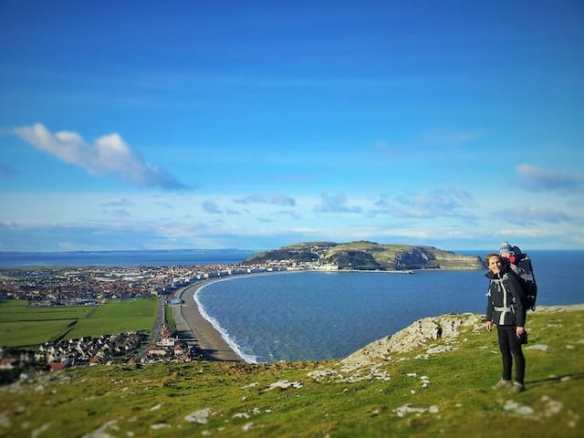 Apartment, House by Beach sleeps 5 - Llandudno - Hus