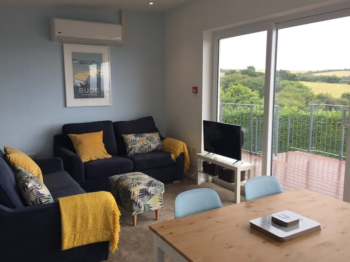 Cornish Coasts (2 bedroom)