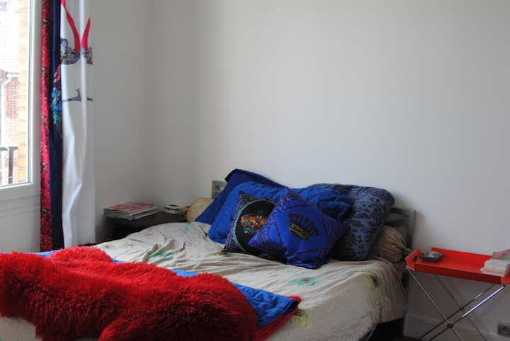 Cosy & Arty 1 bedroom flat near Paris