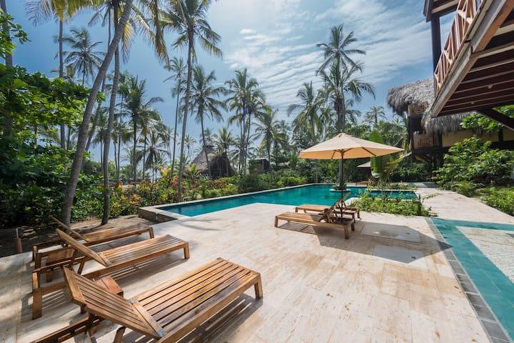 Cayena Beach Villa near Tayrona w/ pool
