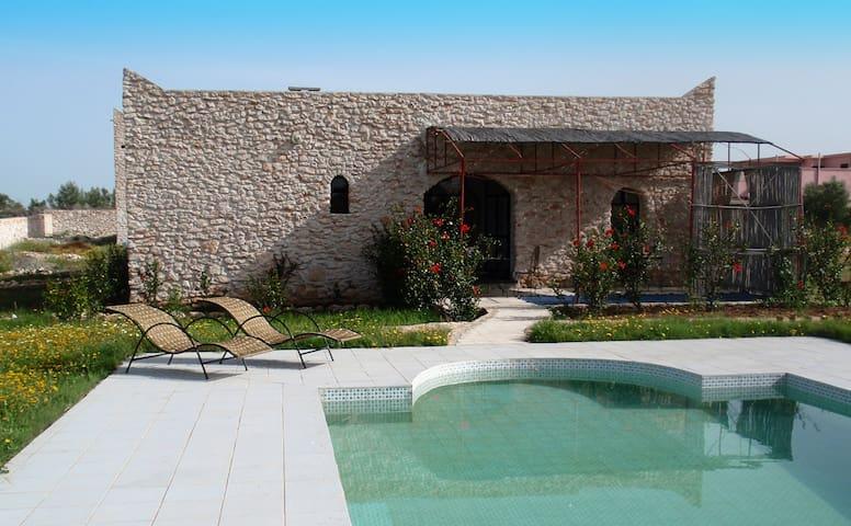 MAISON ET PISCINE ENTIEREMENT CLOS  - Essaouira - Huis