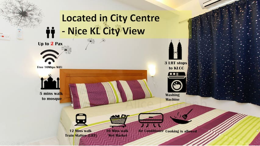 KLCC View Air-Cond Room + Fast WiFi Near LRT Train
