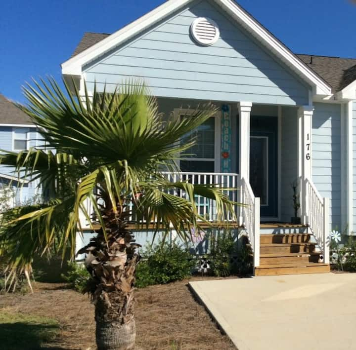 Simple Life-Easy Access Beach House