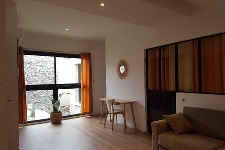 Appartement neuf + terrasse à 5 mn de Carcassonne