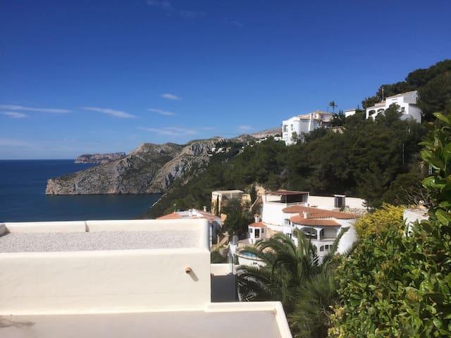 Beautiful SeaView Villa with pool, 4 Bedrooms&Bath