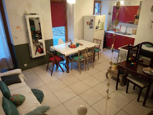 Maison lumineuse au calme - Montaigut