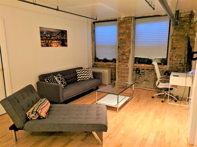 Waterfront Luxury Williamsburg Spacious - Brooklyn - Apartment