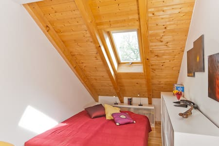 Appartement:Cozy, bright and quiet  - Putzbrunn