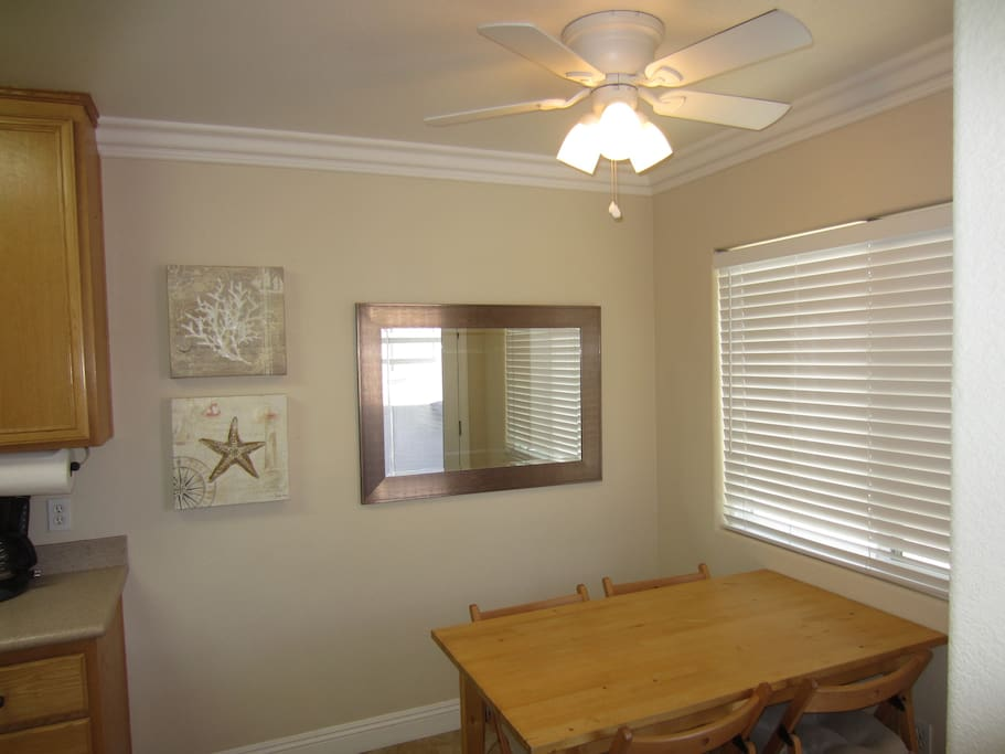 Dining area off of the kitchen.
