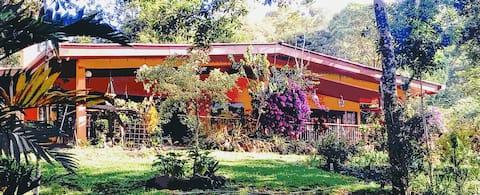 Finca El Altozano (Heights Farm)