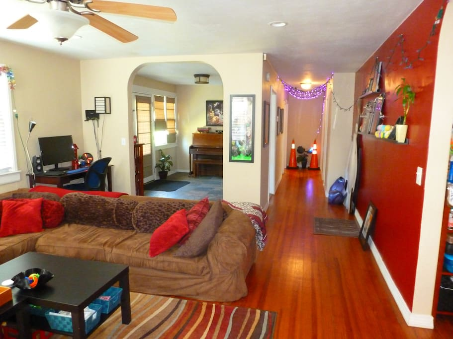 Cam S Artsy 2 1 House Houses For Rent In Deland Florida United States