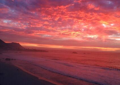 Clifton, beautiful views, beach access and wifi. - Cidade do Cabo