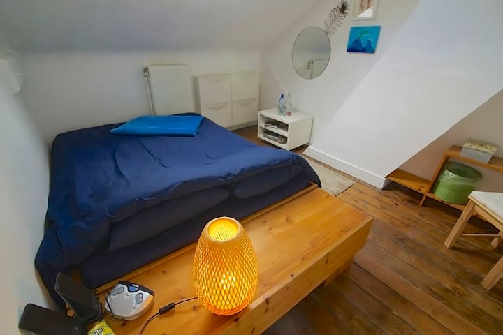 2 nice rooms for 3 in the middle of Berchem - Antwerpen - Townhouse