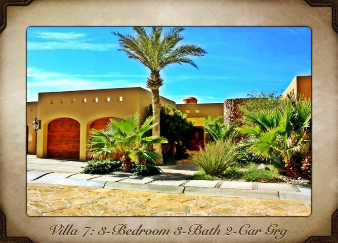 3 Bed/3 Bath Villa on Sandy Beach