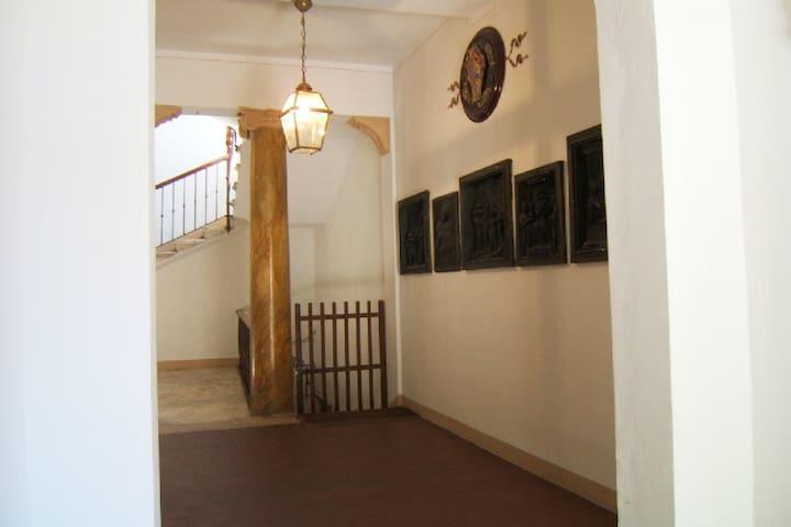 Questo è l'atrio del palazzo.