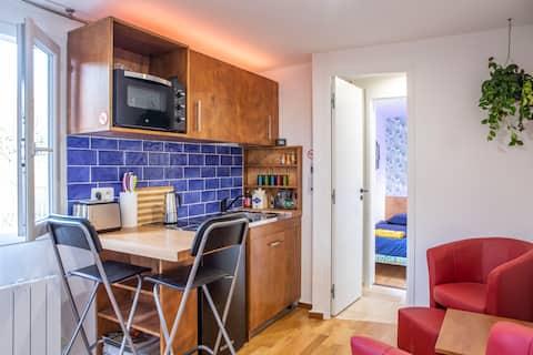 Charming and quiet apartment close to Paris.