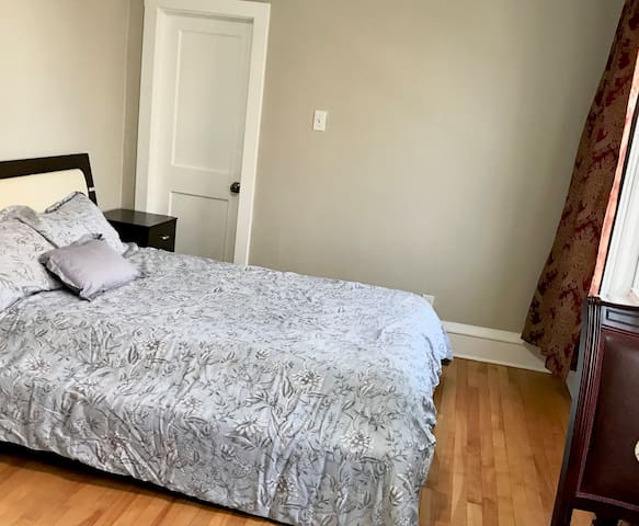 Private Room in Downtown Halifax Near SMU