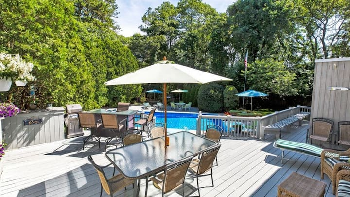 New Listing: Open and Airy Interior, Skylights Galore, Large Pool, Easy Access to Ocean and Bay Beaches