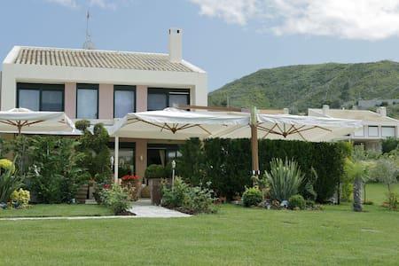 5 BD, Villa, Sea view in Pefkochori Kassandra - Pefkochori - Villa