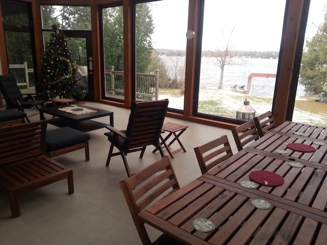 Birch Point Villa - Kawartha Lakes - Stuga