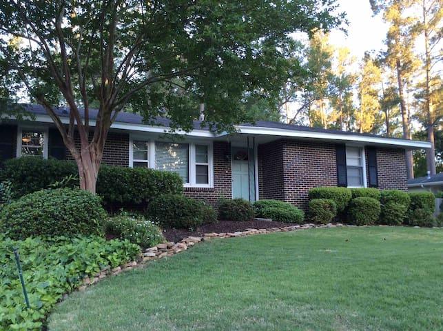 Master's Garden Cottage, Augusta GA 1/2 MI COURSE